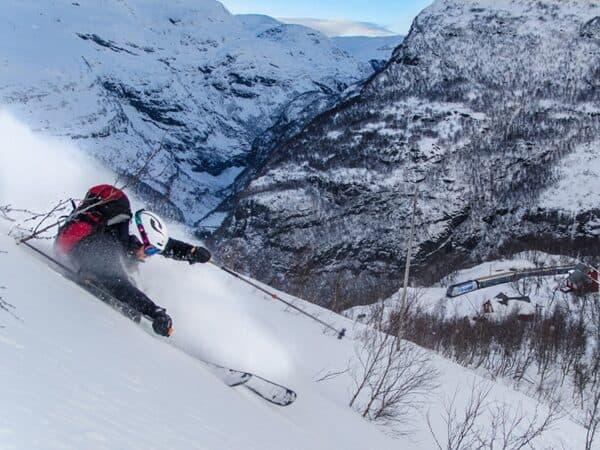 Vatnahalsen_ski_tog